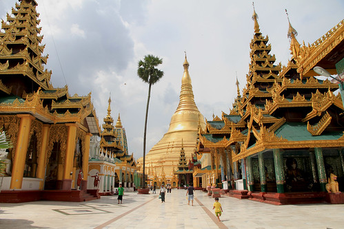 Shwedagon with child