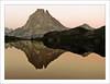 PIRINEO FRANCÉS, VALLE D'OSSAU (NUR FS) Tags: sunset mountain sepia landscape atardecer paisaje reflejo vistas montaña pirineos cruzadas mididossau pirineofrances valledossau cruzadasgold pirineosmididossau2884m