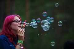 Mira (Timo Vehviläinen) Tags: suomi finland soap dof bokeh bubbles scout evo scouting 135mm leiri canonef135mmf2l partio kilke finnjamboree