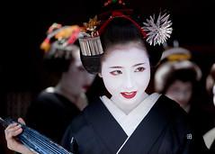 Hassaku '10 #23 (Onihide) Tags: japan kyoto maiko geiko 芸妓 舞妓 hassaku gionkobu 八朔 祇園甲部 mamehana 豆はな summergreetingvisit