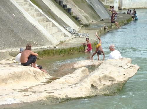Bukit Lawang - Rivière (14)