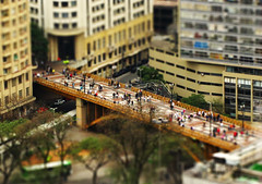 Viaduto Santa Efignia (kass) Tags: city brazil people urban brasil fantastic pessoas photographer saopaulo gente sopaulo cit capital metropolis urbano brasileiro urbanscenes paulista sentiments diamant posie ensaiofotogrfico urbanscenery cenaurbana paulistano paulicia jornadafotogrfica fineartphotos sadafotogrfica motions anawesomeshot excellentphotographerawards flickrbr goldstaraward espirits cityofsaopaulo kass