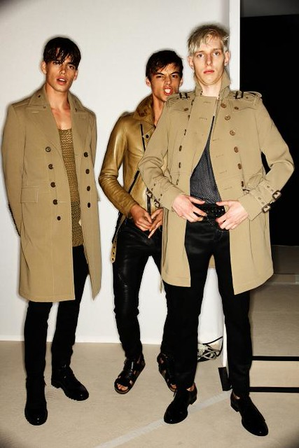 Thomas Penfound3070_SS11_Milan_Burberry Prorsum BS(Dazed Digital)