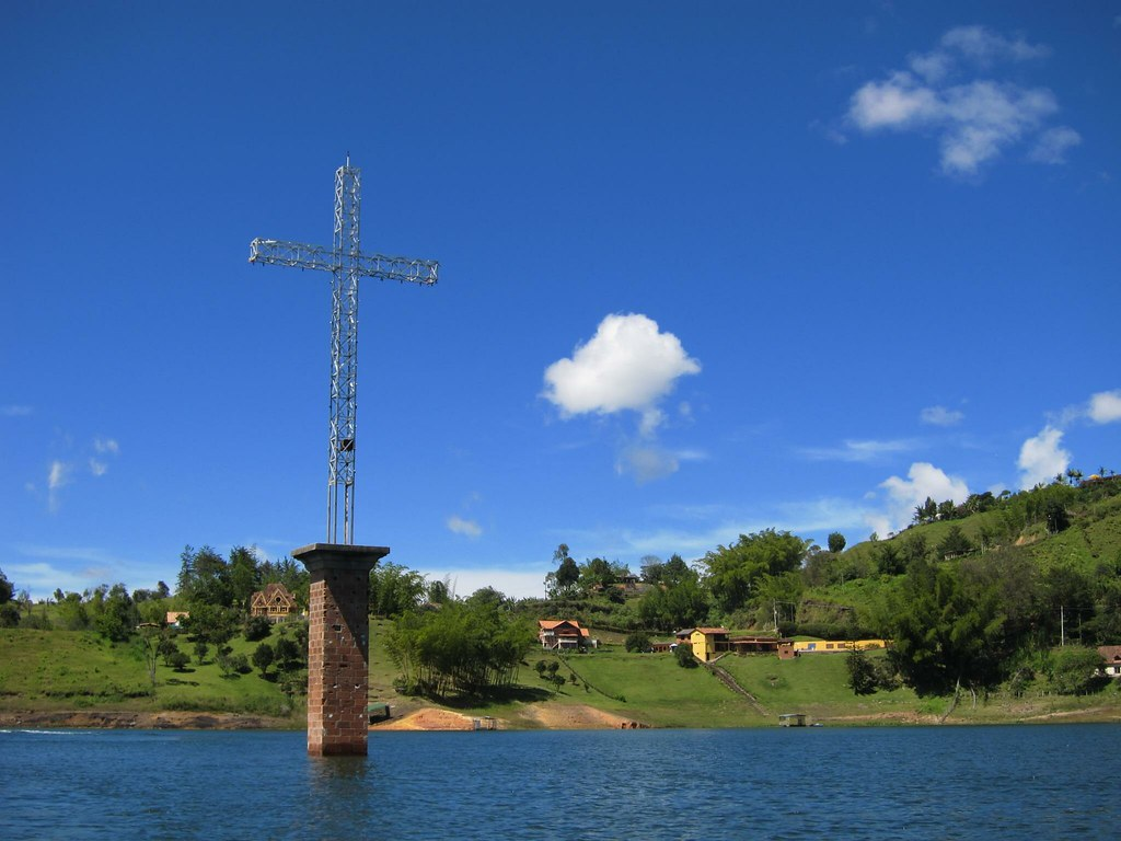photo essay vacation homes of pablo escobar in order to create the lake in el penol and guatape and provide fresh water