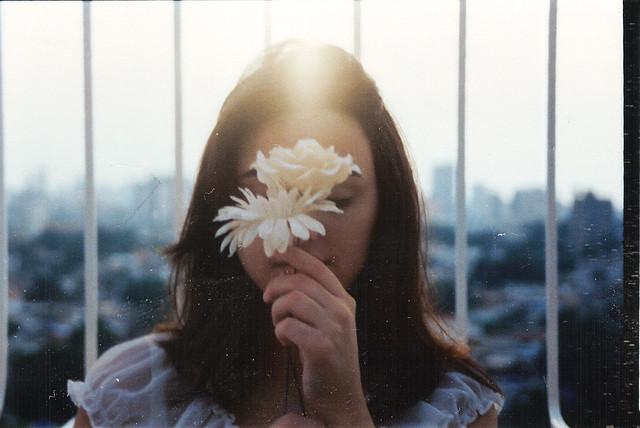 flores de pequeña jaula