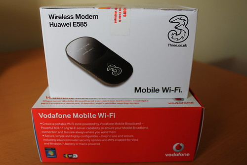 Introducing the Vodafone Mobile WiFi R201 (next to the Three