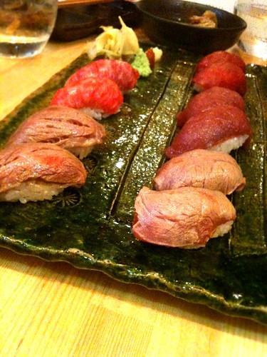 肉寿司なう。