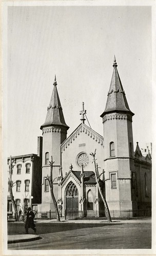 Unidentified Washington, DC Church, 1919, by Martin A. Gruber, Black-and-white photographic print, S