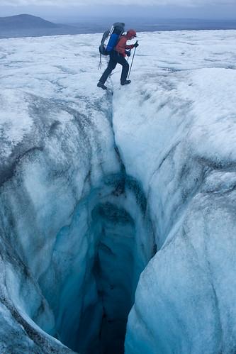 Crossing the Hofsj�kull glacier, Iceland