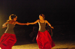 danza2 (gatto35) Tags: danza notturno torreguaceto pentaxart