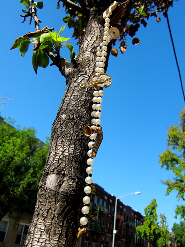 Beads on Tree from below