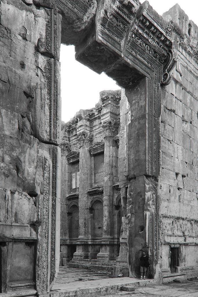 Pórtico del Templo de Baco