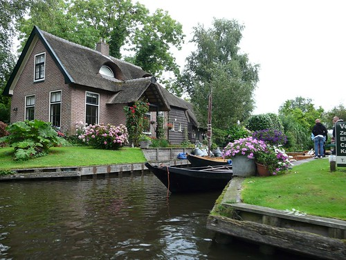 Beautiful and Picturesque Giethoorn Holland