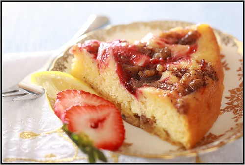 lemon strawberry tea cake