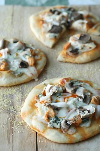 Buffalo Chicken Pizzettes