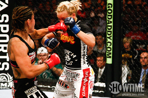 Cris Cyborg vs Jan Finney by showtime_sports.