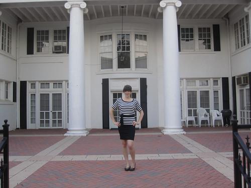 June 14: white house/black shutters