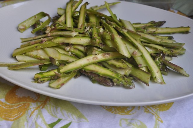 4741389606 61fffd4636 z Shaved Asparagus Salad with Anchovy Vinaigrette