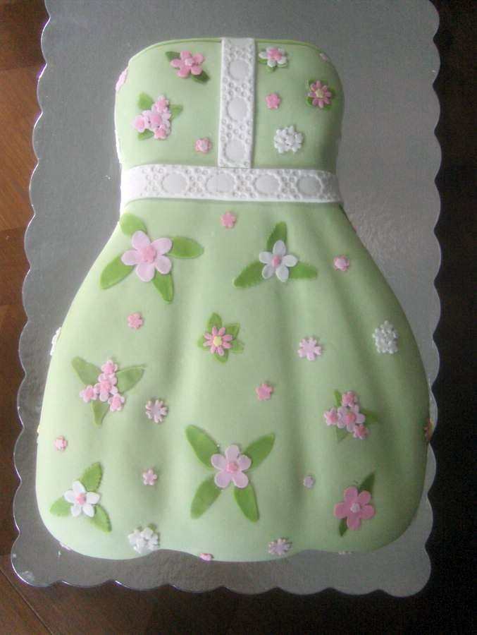 lily pulitzer dress cake for bridal shower