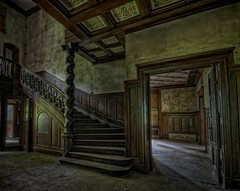 This Villa has fine Style! (Batram) Tags: urban castle beauty stairs germany deutschland for thringen sale euro decay thuringia treppe staircase villa mansion rent exploration chteau urbex auerbach 1000000 saalfeld 1million contactme