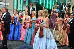 Andre_Lin_Freya_Els_Nadia_Linda_Stephanie_Cord_Jennifer_Agnes_Nathalie_Ton_Teun_Anne-Lise_Sophie_Boris; 16 Jun 2010; Rockerfeller Plaza, NY  #3179 (~BC~) Tags: cord keyboard nadia jennifer sophie andre violin linda nathalie cello stephanie boris joelle agnes lin annelise viola els freya ton 2010 anneliese teun groupphotos jso woodwinds andrerieu linjong brasssection fizzano cordmeyer johannstraussorchestra agneswalter elsmercken stephaniedetry borisgoldenblank teunramaekers jenniferkowalski nadiadiakoff tonmaessen nathaliebolle joelletonnaer freyacremers sophiegabriels lindacustersslakhorst asterix611 anneliseparotte fizzanowalter agnesfizzanowalter