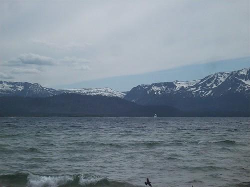 lake mountains sailboat tahoe sierra