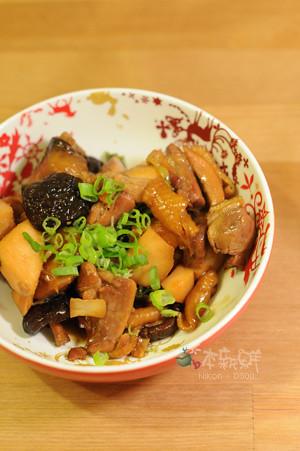 醬燒綠竹筍雞腿肉