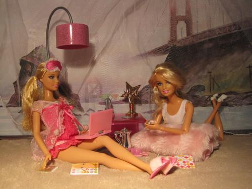 Fashionistas: наши коллекции в лицах 4748914075_6172e5b4a9