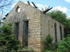 1866 Stone School-LeClaire,IA (David Sebben) Tags: road school stone rural education iowa limestone schoolhouse territorial 1866 nationalregisterofhistoricplaces oneroom leclaire