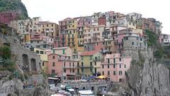 Manarolo (Nevica) Tags: houses italy rock boat italia liguria cinqueterre headland manorolo