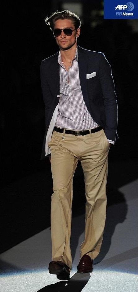 Texas Olsson3060_SS11_Milan_DSquared2(AFP BB News)
