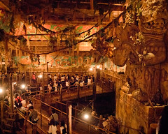 DisneySea Indiana Jones Queue