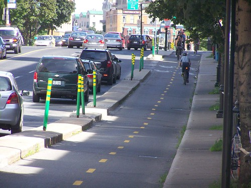 A cycle track/piste cyclable in Montreal