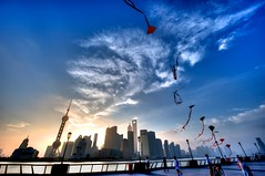 Sunrise over the Bund, Shanghai, China (ShanLuPhoto) Tags: china city morning blue sky kite clouds sunrise downtown shanghai 上海 外滩 bund 金茂大厦 风筝 日出 东方明珠 loolooimage