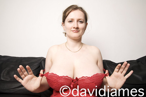 nude big natural boobs strip pics: bigboobs