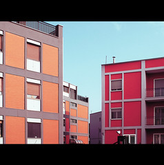 MONDRIAN CITY (Elena Fedeli) Tags: red italy buildings italia stripes rosso mondrian puglia bari palazzi apulia casepopolari striscie communityhousing
