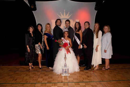 IN 2010 Pre-Teen Winner & Judges