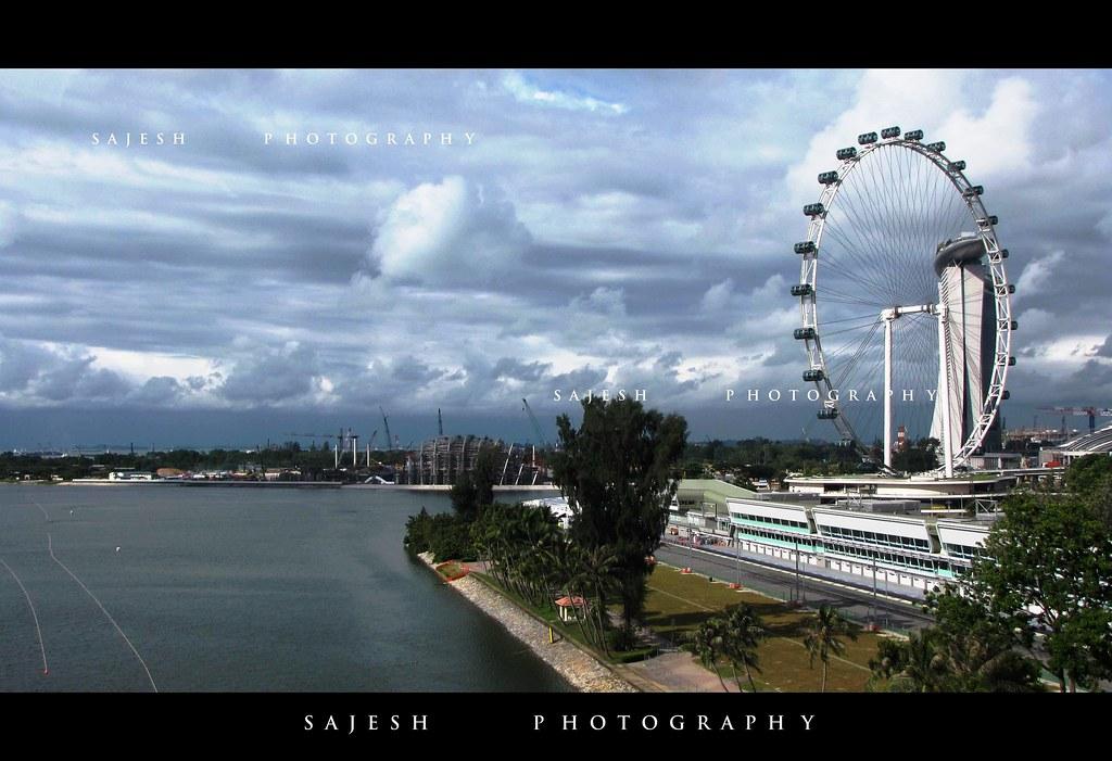 Singapore Flyer