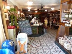 Brooklyn Farmacy & Soda Fountain, Henry St (Project Latte - Cafe Culture) Tags: nyc newyorkcity newyork brooklyn cafe pharmacy carrollgardens sodafountain 11231 icecreamshop farmacy brooklynfarmacy brooklynfarmacysodafountain brooklynpharmacy