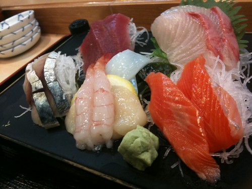 日立おさかなセンター、みなと寿司の刺身定食1200円! 満足!