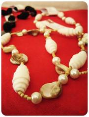 nacre feltrinlove (mcf_dynamicamente ^_^) Tags: lana handmade feltro mercatino gioielli ecologia campobasso riccia orecchini bracciali mariacarmenfanelli