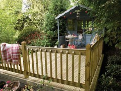 Classic American Deck Style (Richard Burbidge) Tags: decks decking deckrailing deckboards wooddecking gardendecking richardburbidge deckingbalustrade deckingrails deckingbalustrades