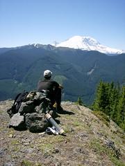 MM admires Rainier