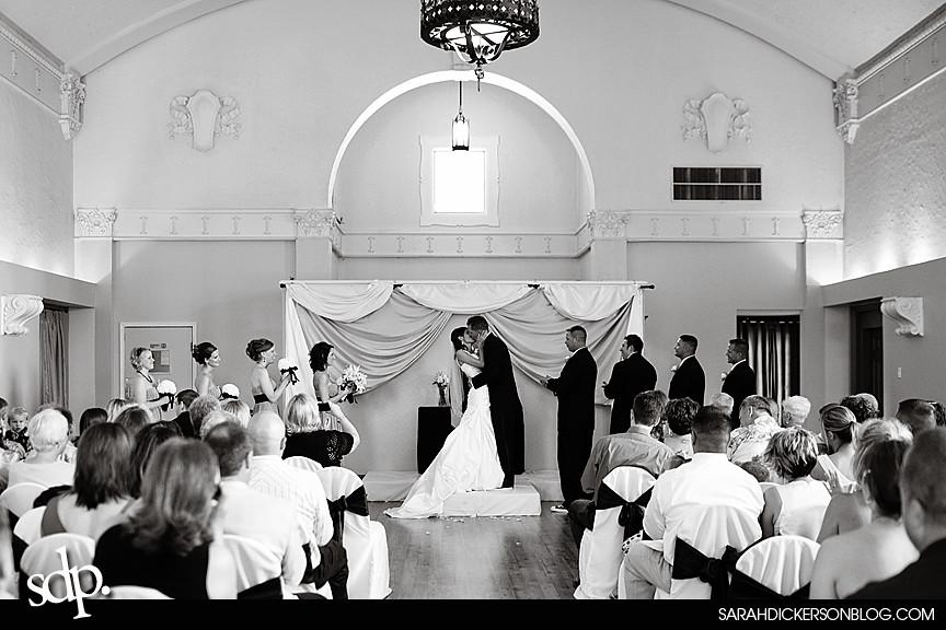 Kansas City wedding photographer, the Villas