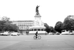 Place de la Rpublique (Daniele Sartori) Tags: travel bw white black paris france bike bicycle square nikon europa europe noir republic cyclist traffic ciclista bici piazza francia bianco blanc nero viaggio vlo parigi traffico bicicletta repubblica placedelarpublique d80