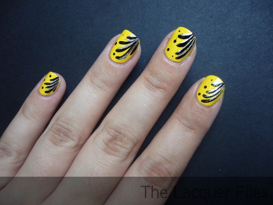 Nail Art Color Club Almost Famous with Essence Nail Art Striper black and silver and dotting tool