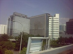 Makuhari in Tokyo in a happy mood (kazunoriwakana) Tags: travel summer japan contextwatcher celltagged geotagged tokyo day sunday july sunny exif makuhari oppressive tokyoto ratherwarm lightbreeze cell:mnc=10 cell:mcc=440 iyouit geo:range=11000 weather:humidity=moderate weather:rain=low experience:mood=happy weather:moonlight=false weather:pchange=steady weather:visibility=high weather:pressure=moderate weather:coverage=low weather:moonstate=waxinggibbous weather:realfeel=verywarm weather:temp=verywarm weather:feel=verywarm weather:dir=northeast experience:dayhour=6 experience:drinking=tea location:dayhour=6 weather:uvmax=moderate location:continent=asia location:island=honsh weather:uv=moderate weather:tstorm=high cell:lac=19457 experience:transport=expresstrain geo:lat=35674500 geo:long=139773200 cell:cellid=102072336
