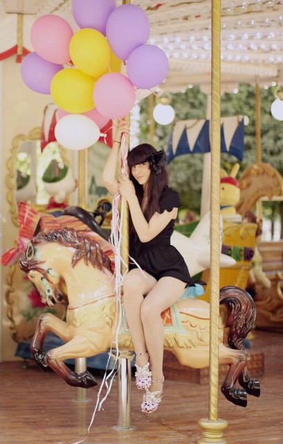 carousels_merry-go-round_thecherryblossomgirl