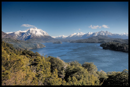 lakes and mountains in Bariloche