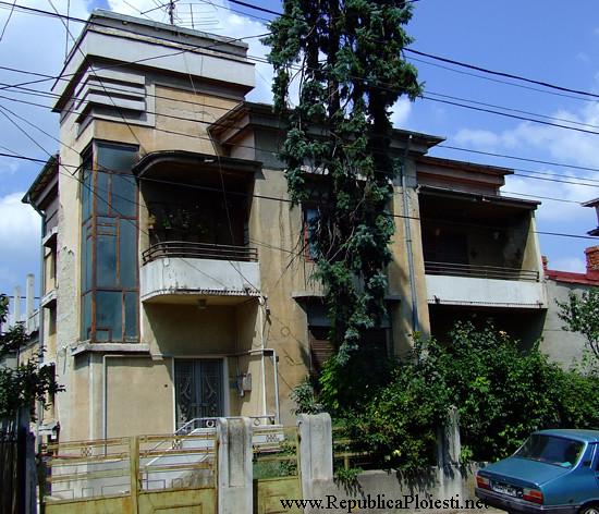 Art Deco in Ploiesti - Casa pe strada 30 Decembrie